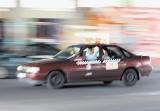 Na wizytówkach taxi były też adresy klubów dla panów
