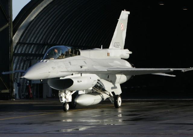 Samoloty F-16 stacjonujące w Krzesinach wezmą udział w międzynarodowych ćwiczeniach na Alasce