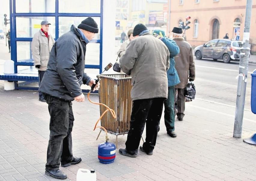 Koksowniki pojawiły się na ulicach Piły