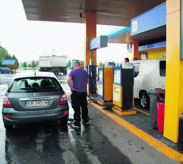 Stacja paliw Petrolex w Marszowicach należy do żony wójta