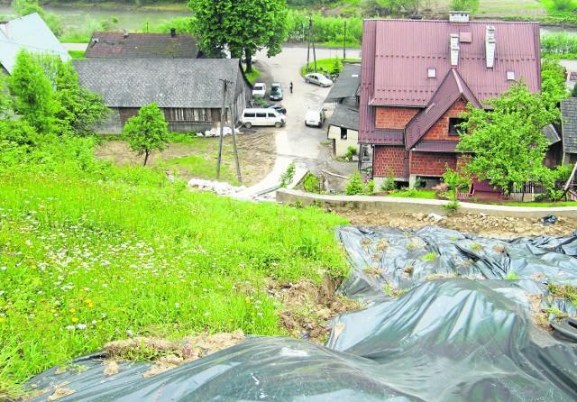 Stok przy drodze dojazdowej z Łososiny Dolnej do Laskowej zagraża przeszło 30 domom
