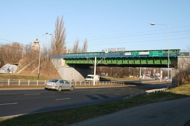 Jedna z nowych stacji ma powstać w okolicy ul. Pabianickiej
