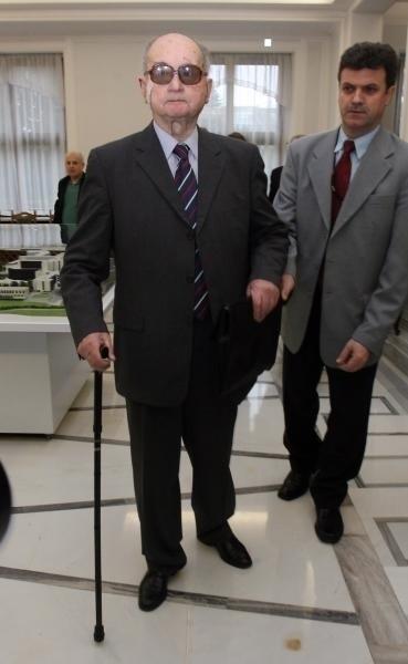 Wojciech Jaruzelski odpiera zarzuty o bezprawnym wprowadzeniu stanu wojennego, powołując się na konstytucję obowiązującą w 1981 r.
