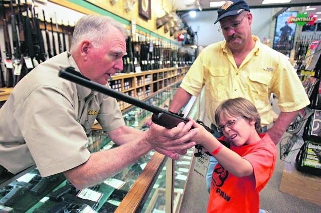 Licząca 4 mln członków NRA bazuje na przywiązaniu pokoleń Amerykanów do broni