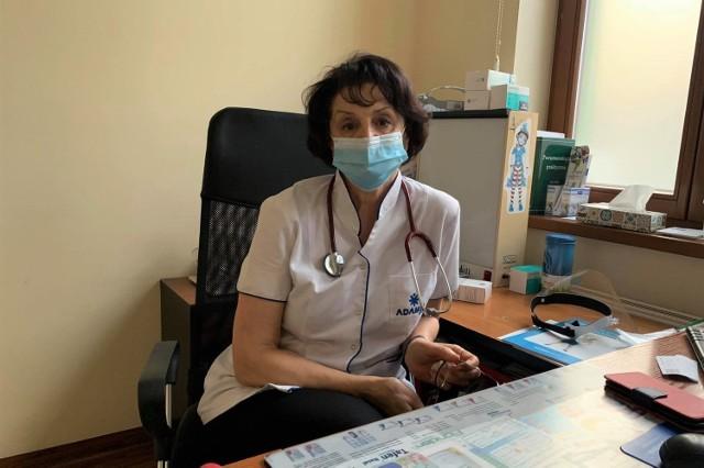 - Jestem zwolenniczką szczepień - mówi lekarz pulmonolog Ewa Bobrowicz.