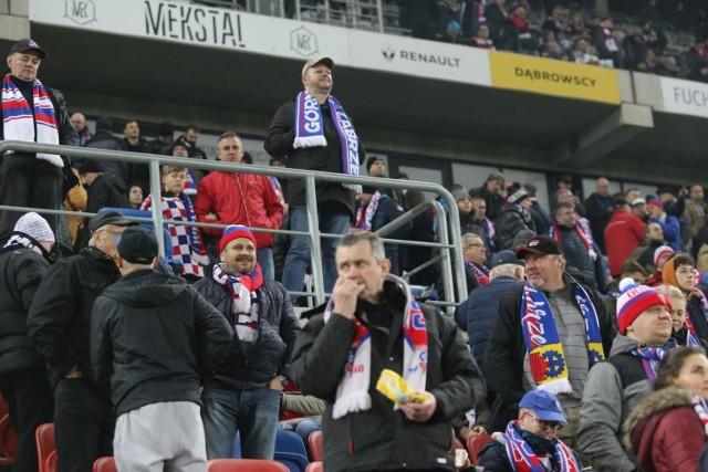 Górnik Zabrze – Jagiellonia 3:0. Ponad 10.000 widzów i gorąca atmosfera na stadionie przy Roosevelta