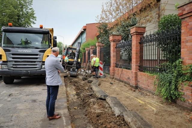 Trwa remont ważnej ulicy w Brzegu.