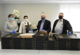 Gmina Cedry Wielkie. 35 laptopów trafi do uczniów. Sprzęt jest już w szkołach  ZDJĘCIA