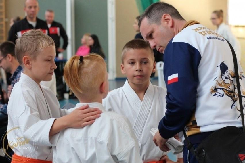 Karatecy Akedemii BUDO i Rozwoju Osobowości zdobyli 15...