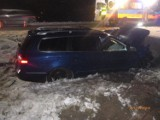 Wypadek na ul. Częstochowskiej w Lublińcu. Kierowca trafił do szpitala. Dwa samochody zderzyły się na ul. Oświęcimskiej / św. Anny ZDJĘCIA