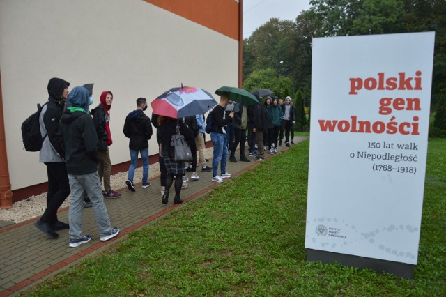 """Otwarcie wystawy przygotowanej przez IPN """"Polski Gen Wolności. 150 lat walk o Niepodległość (1768-1918)"""""""