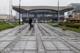 Największe stacje kolejowe w Polsce. PKP Warszawa Śródmieście z największą frekwencją, Warszawa Centralna poza podium