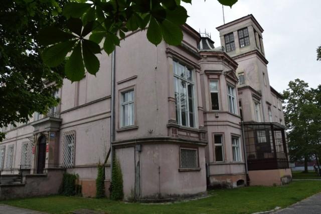 Muzeum Miejskie w Nowej Soli przygotowało wystawę poświęconą willi Gruschwitza. To okazja poznać bliżej budynek, a zwłaszcza jego wnętrza sprzed wojny.