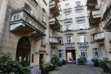 """Kamienica z serialu """"Miodowe lata"""" mieści się w centrum Warszawy. To tutaj mieszkali Karol Krawczyk i Tadeusz Norek"""