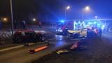 Wypadek w Kaliszu. Czołowe zderzenie aut na ulicy Piłsudskiego. Cztery osoby ranne. ZDJĘCIA