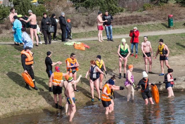 II Pływanie Morsów w rzece Łynie