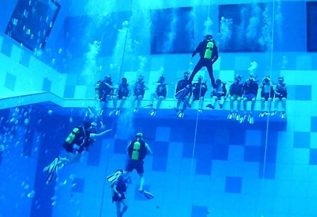 Najgłębszy basen świata jest w Mszczonowie koło Warszawy ma 45 metrów i 47 cm głebokości