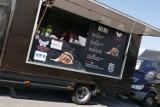Trwa Festiwal StreetFood'u na Ursynowie. W ofercie smaki z całego świata