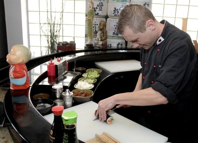 Zastanawiasz się, gdzie w Kielcach zjesz najlepsze sushi? Oto najlepsze lokale w Kielcach polecane przez użytkowników Google