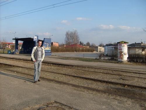 Krzysztof Paliga jest przekonany, że przystanek autobusowy przy ulicy Kombatantów od strony targu  rozwiązałby problem komunikacyjny dla części mieszkańców