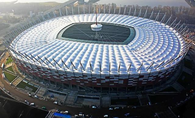 Real Madryt lub Manchester United zagra na Stadionie Narodowym w 2014 roku