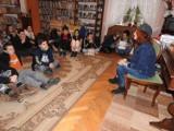Spotkanie z pisarką Barbarą Kosmowską w pruszczańskiej bibliotece [ZDJĘCIA]