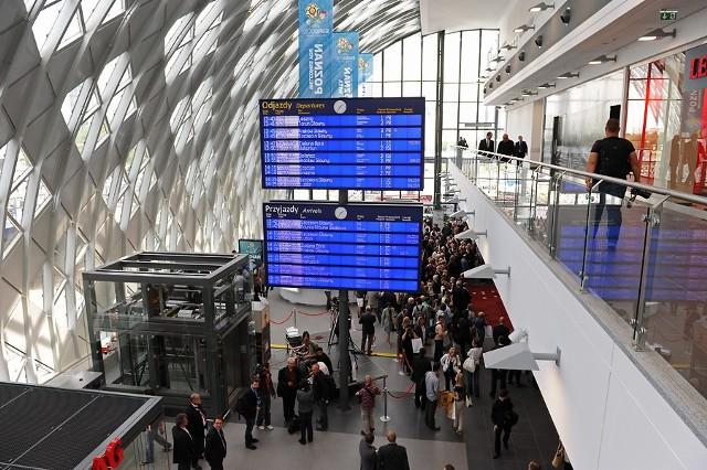 Oficjalne otwarcie nowego dworca w Poznaniu miało miejsce 29 maja 2012 roku