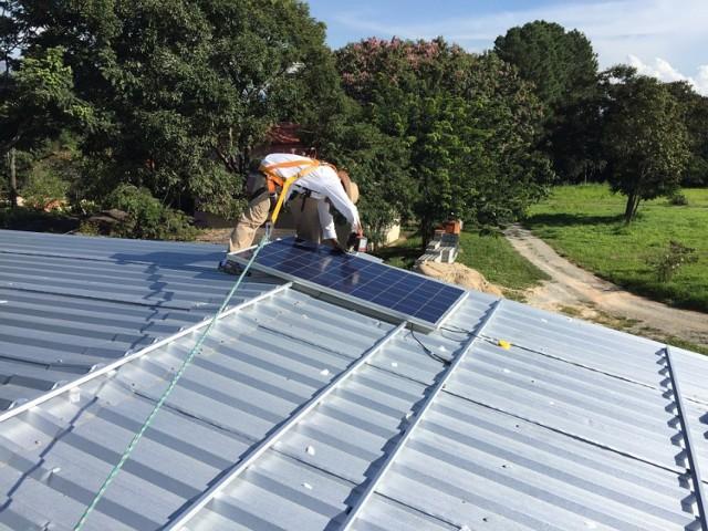Spółdzielnie będą podgrzewać wodę pompami ciepła oraz zamontują panele fotowoltaiczne, produkujące energię elektryczną ze słonecznej.
