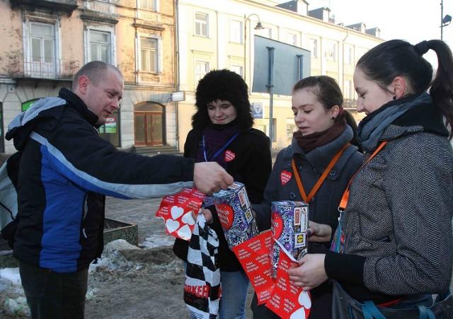 W ubr. zgłosiło się ponad 500 wolontariuszy