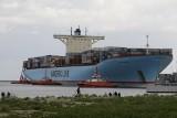 Do gdańskiego terminalu DCT wpłynął olbrzymi kontenerowiec Eleonora Maersk