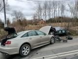 Dwa wypadki podczas weekendu w powiecie gdańskim. W Straszynie i Pomlewie ucierpieli kierowca i pasażer