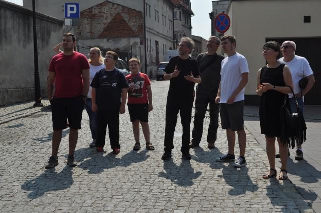 Spacer po Śremie: o prawobrzeżnej części miasta opowiadał Zdzisław Żeleźny
