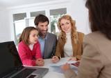 Jakich pośredników szukają sprzedający i kupujący mieszkanie?