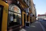 Kultowe jedzenie w Legnicy. Lody z budki na Jaworzyńskiej, soki z Malinki, tosty obok dworca PKS... Za tym tęsknią mieszkańcy!