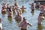 Wągrowiec. Morsy z grupy Ice Team rozpoczęły kolejny sezon kąpieli