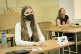 Matury 2021. Prawie trzy czwarte tegorocznych maturzystów w kraju zdało egzamin