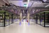 Uniwersytet Warszawski otworzył ultranowoczesny podziemny obiekt sportowy. Najdroższa siłownia w Polsce, na wejściu bramki jak w metrze