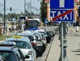 Taksówkarz w Bydgoszczy odmówił zabrania niepełnosprawnej kobiety. Dlaczego?
