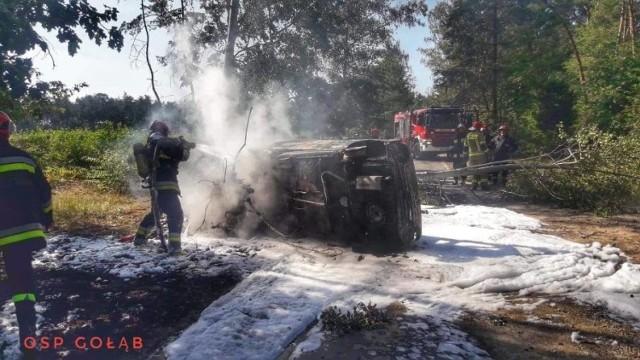 Pożar samochodu w Puławach