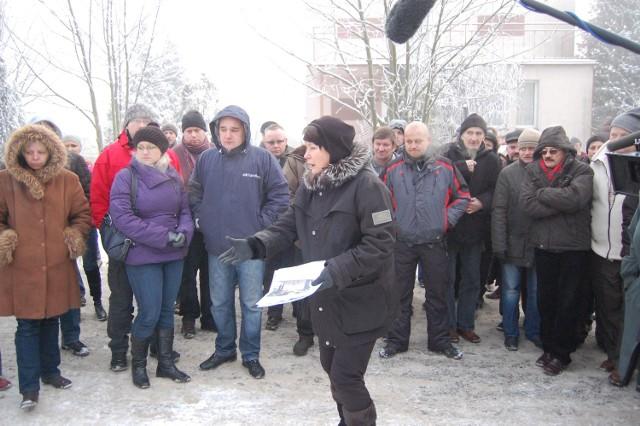 Elżbieta Jaworowicz ze swoją ekipą na miejscu śmierci Ukraińca  Walerego Ch.
