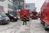 Rozpylono kwas masłowy w budynku na Winogradach? Strażacy ewakuowali 20 osób. To kolejne podobne zdarzenie w ostatnich dniach