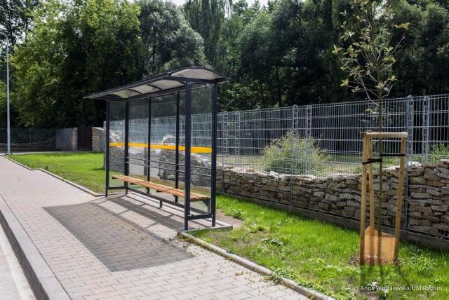 Przystanki przy ulicy Szydłowieckiej są już gotowe. Autobusy, której linii będą się tam zatrzymywały od września? Miasto pyta o opinię mieszkańców.