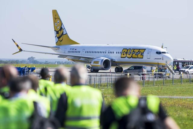 Pierwszy samolot linii Buzz wylądował na lotnisku w Modlinie
