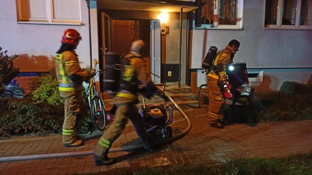 Pożar w Kaliszu. Płonęło mieszkanie w jednym z bloków przy ulicy Asnyka