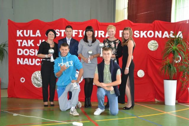 To była impreza w prawdziwie hollywoodzkim stylu. Nauczyciele z Rogowa otrzymywali jako nagrody srebrne kule.