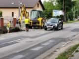 Chrzanów. Trwa remont ul. Śląskiej. Prace na DK 79 powoli posuwają się do przodu [ZDJĘCIA]