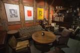 Wystawa i ciepła herbata w środku lokalu? Tak działa Herbaciarnia w Spichlerzu