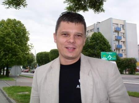 Piotr Synowiec, dyrektor handlowy firmy Asmet z Czersk, producenta układów wydechowych.