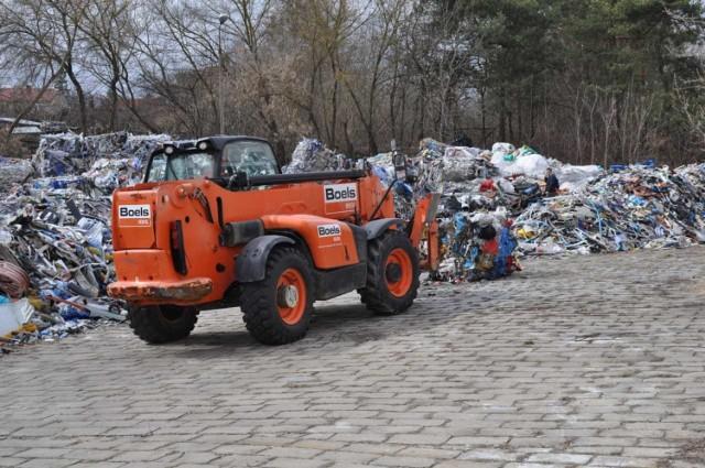 Włodawa. Koniec nielegalnego wysypiska śmieci. Odpady wrócą za granicę