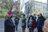 Światowy Dzień Ubogich w Opolu. Msza w katedrze, posiłek przed Domem Nadziei